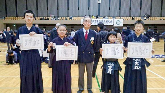 小学生と中3の入賞者